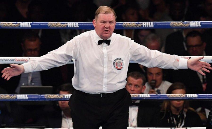 Bajban az ismert boxbíró