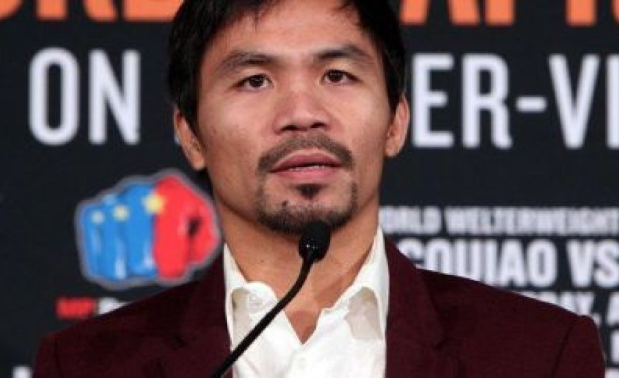 Tyson Fury nyomdokain Manny Pacquiao