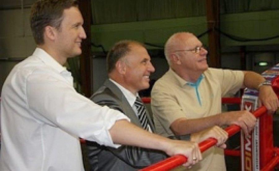Az Universum feltámadását ígéri Kohl