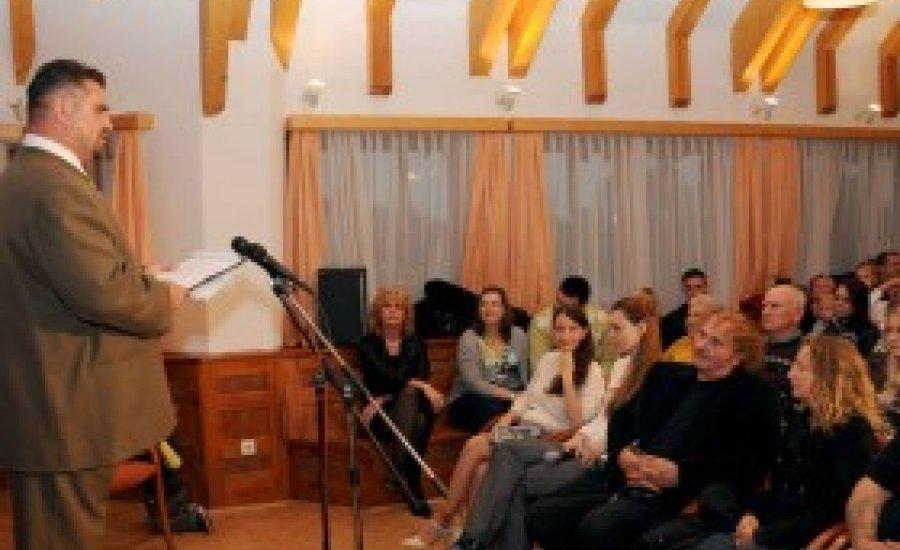 Verssel, dallal a gyermekekért