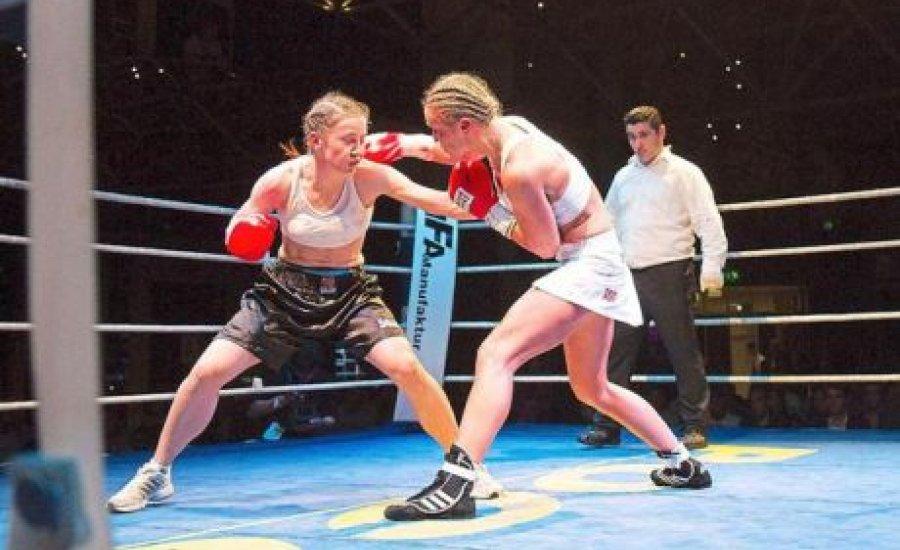 Fű alatt nagy balhé a női bokszban