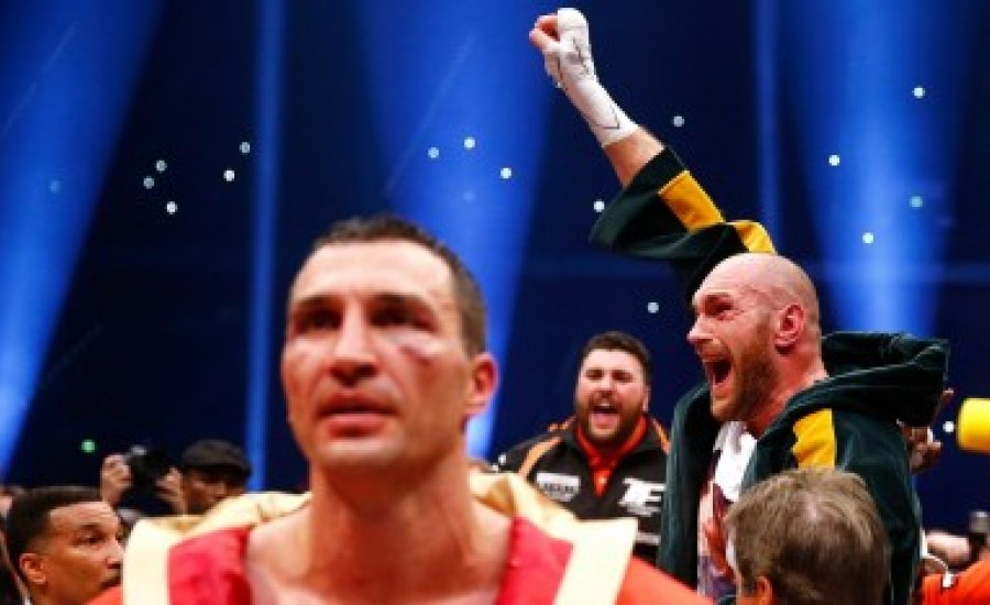 Tyson Fury könnyedén verte Klicskót