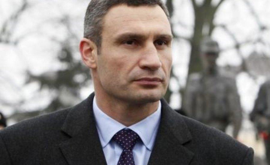 Vitalij Klicsko megsérült