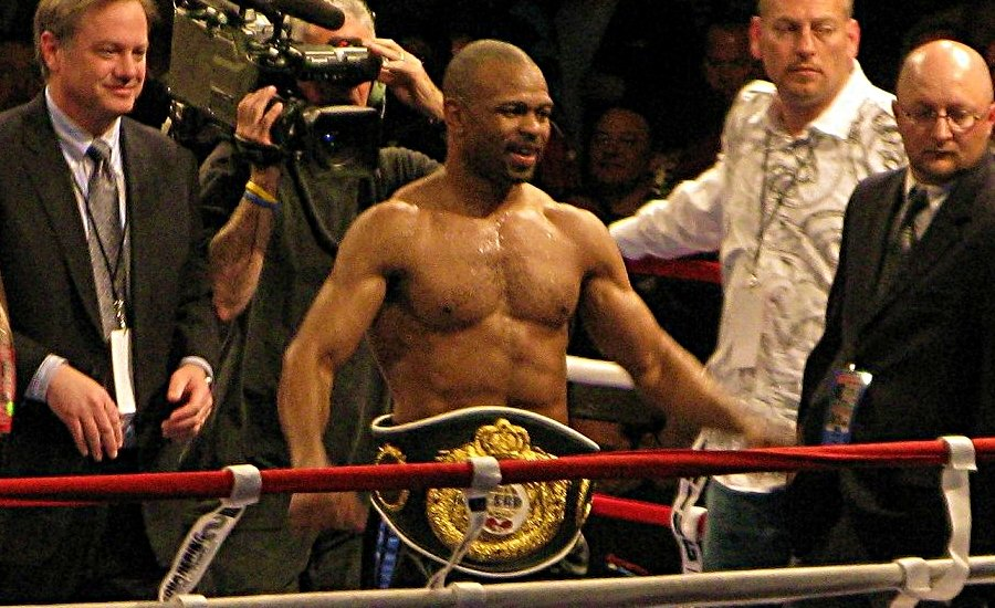 Classic Boxing: Roy Jones vs John Ruiz