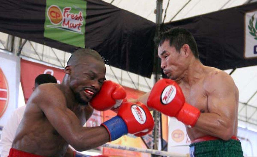 Wanheng Menayothin már 54-0-0