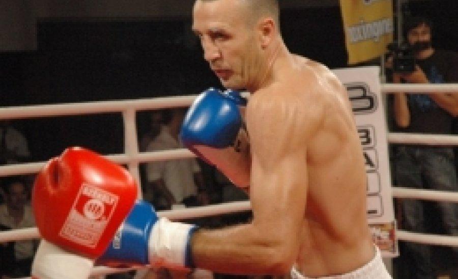 Kelemen Balázs kiütéssel nyerte 10. meccsét