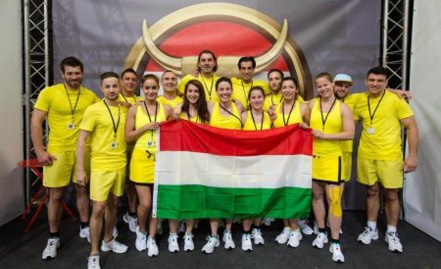 Indul a Játék Határok Nélkül - bunyósok a csapatban
