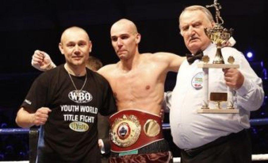 Csak két magyart jegyez a WBO