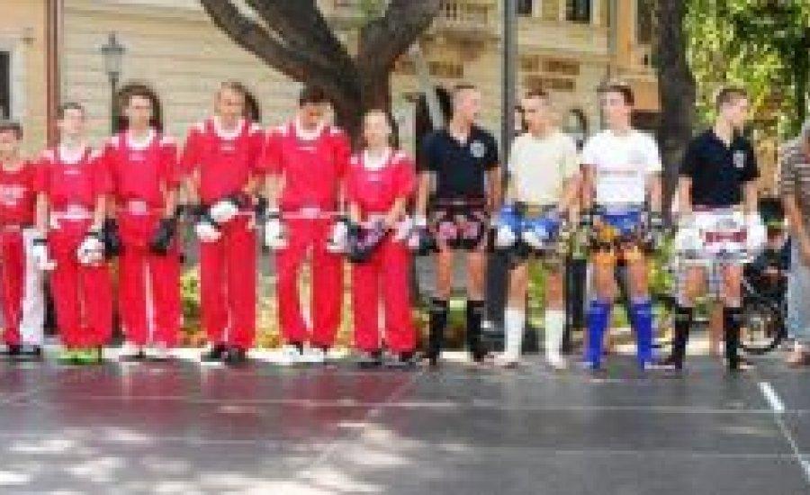 Bemutatták a kick-box válogatottakat Békéscsabán