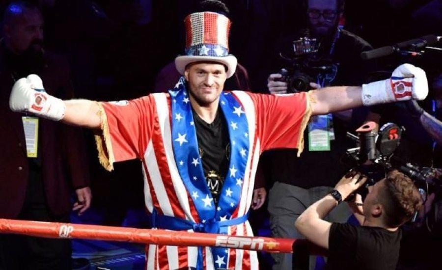 Tyson Fury nagy show-t, ellenfele meglepetést ígér szeptember 14-ére