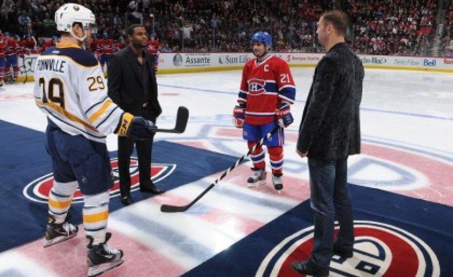NHL meccsen népszerűsített a két bunyós