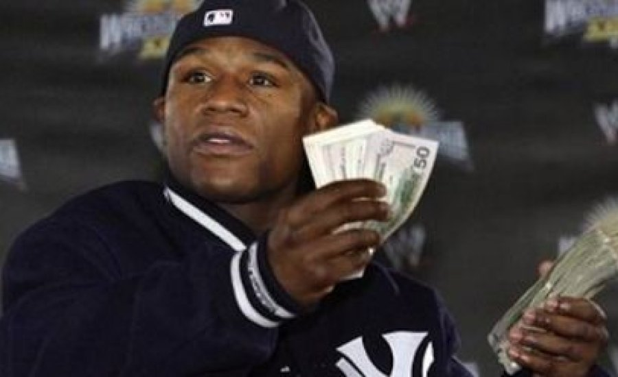 Floyd 10 millió dolláros NFL fogadása