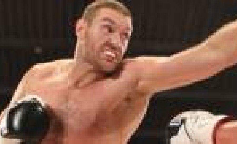 Tyson Fury edzésben