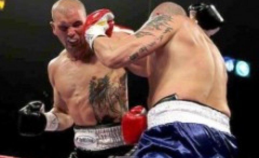 Zbikowski szünetelteti boksz-karrierjét