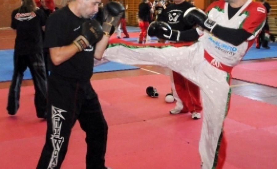 Light-contact kick-box: kéthetes vépi felkészülés az őszi versenyidőszakra