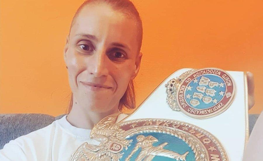 Címvédésre készül a profi kick-box világbajnok Rákóczi Renáta