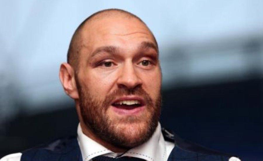 Tyson Fury megint bocsánatot kért