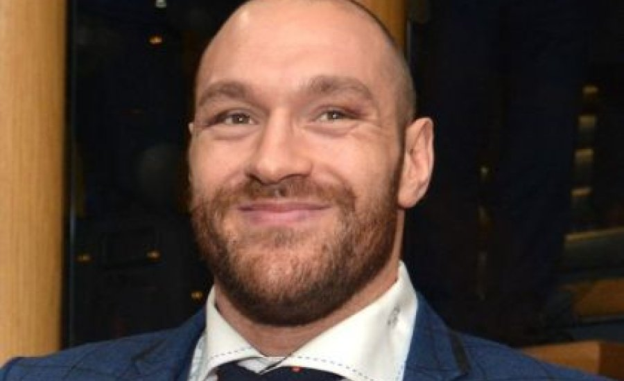 Tyson Fury ismét bocsánatot kért