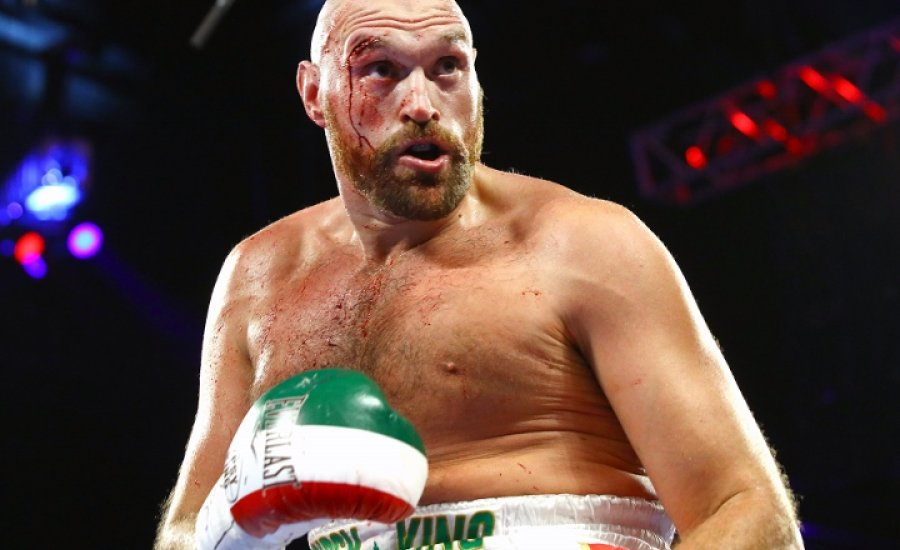 Tyson Fury nem Wilderrel bokszol decemberben