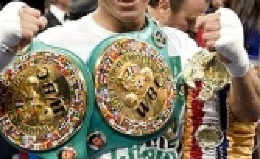Martinez az Európa-bajnok ellen küzd