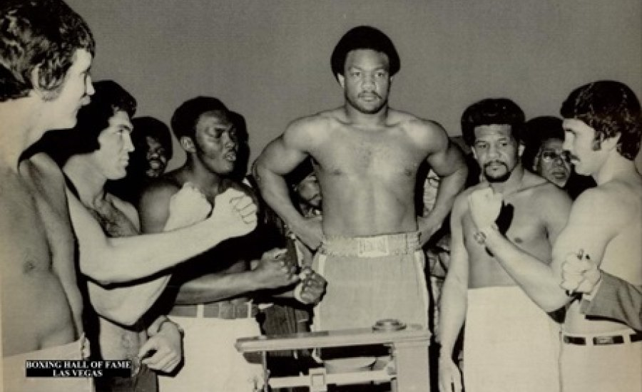 Classic Boxing: Foreman vs Five