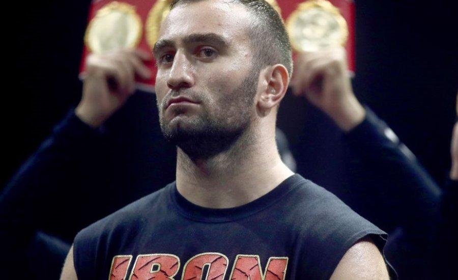 Kevin Johnson ellen kezdi nehézsúlyú karrierjét Gassiev