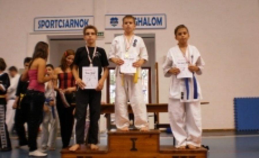 Kemény összecsapások a Secret-Őr Kupa Kyokushin Karate-versenyen