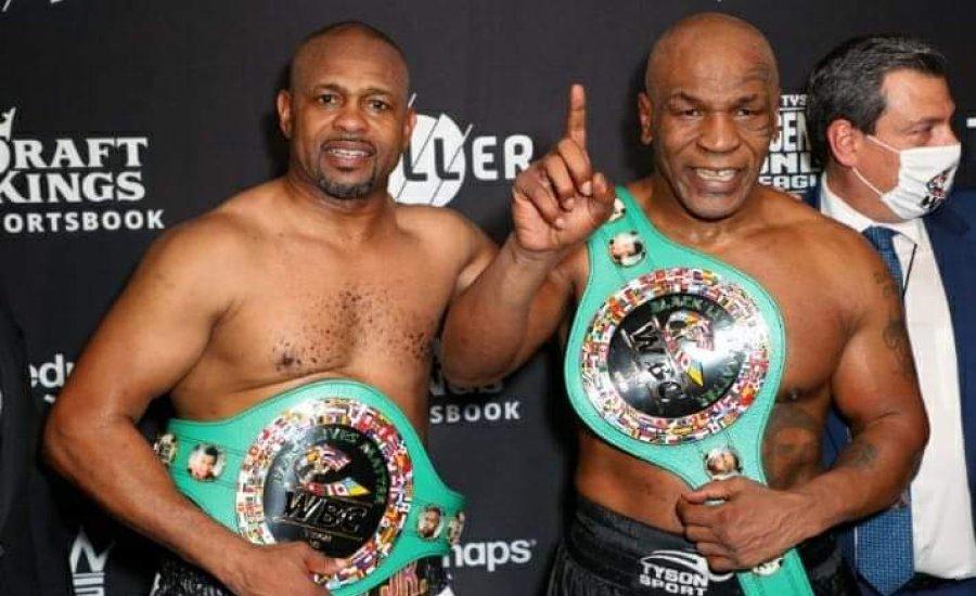 Mike Tyson és Roy Jones is megkapta a WBC övet