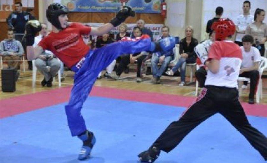 Kick-box Diákolimpia Békéscsabán - beszámoló