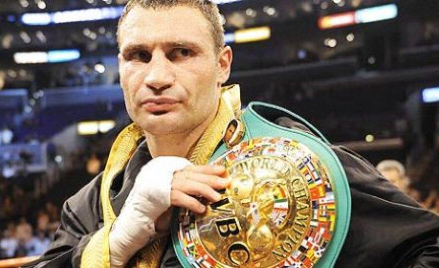 WBC: Klicsko már nem bajnok, de egy kiskaput meghagytak