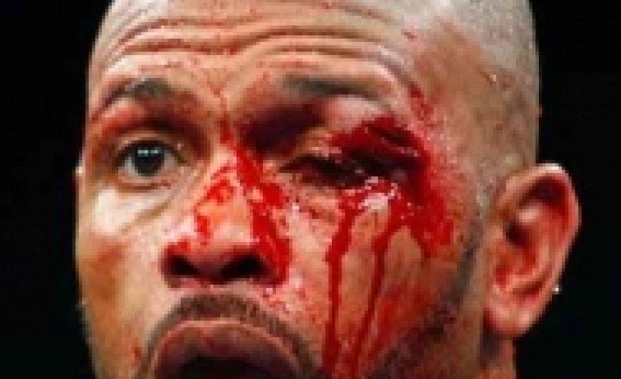 Brutális kiütéssel kikapott Roy Jones Jr.