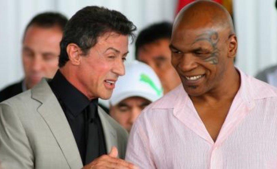 Tyson egy menet alatt végezne a két Klicskóval