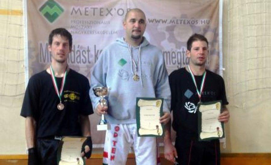 Elkeltek a kick-box light-contact országos bajnoki címek