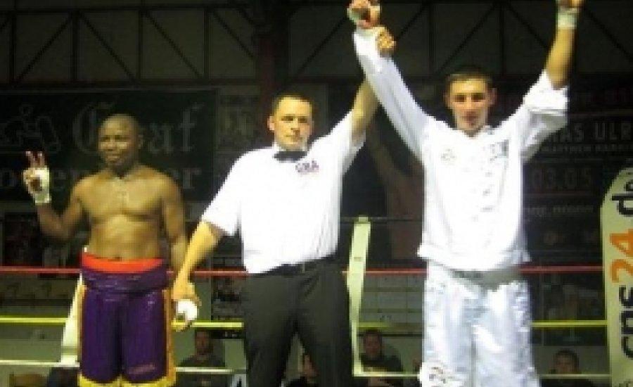 Vető Gábor legyőzte Kotey-t