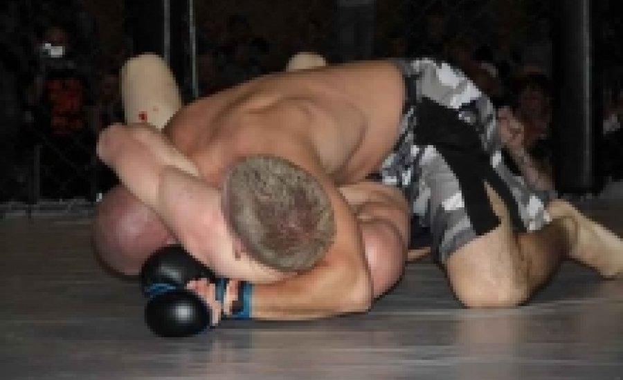 MMA: Szikrázott a ketrec Dunaharasztiban