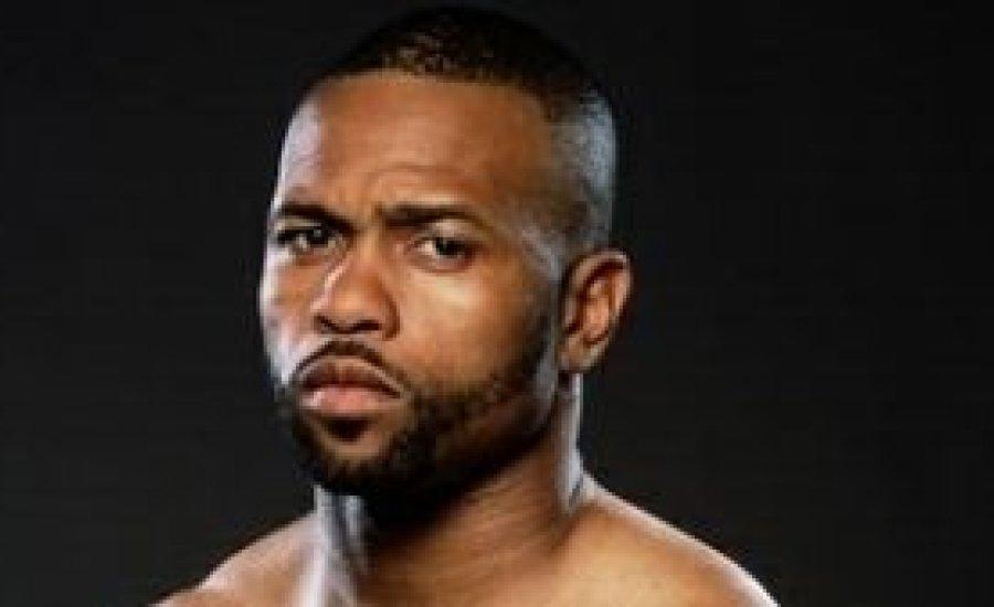 Roy Jones Jr. újra kiütéssel nyert