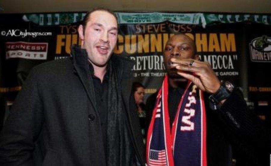 Fury és Cunningham első közös sajtótájékoztatója