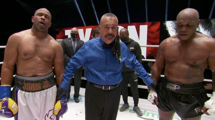 Mike Tyson vs. Roy Jones DRAW