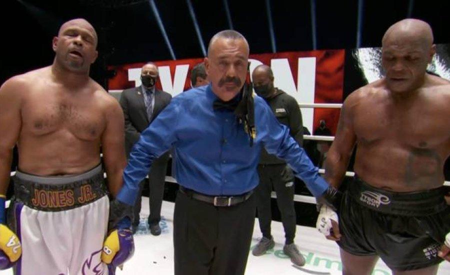 Döntetlen a Mike Tyson vs. Roy Jones mérkőzésen