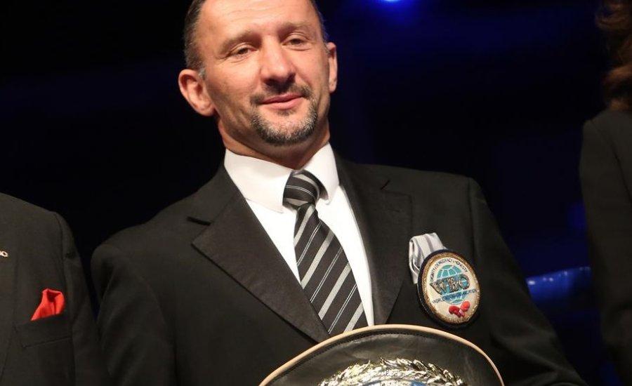 Kovács István nem folytatja munkáját a WBO-nál