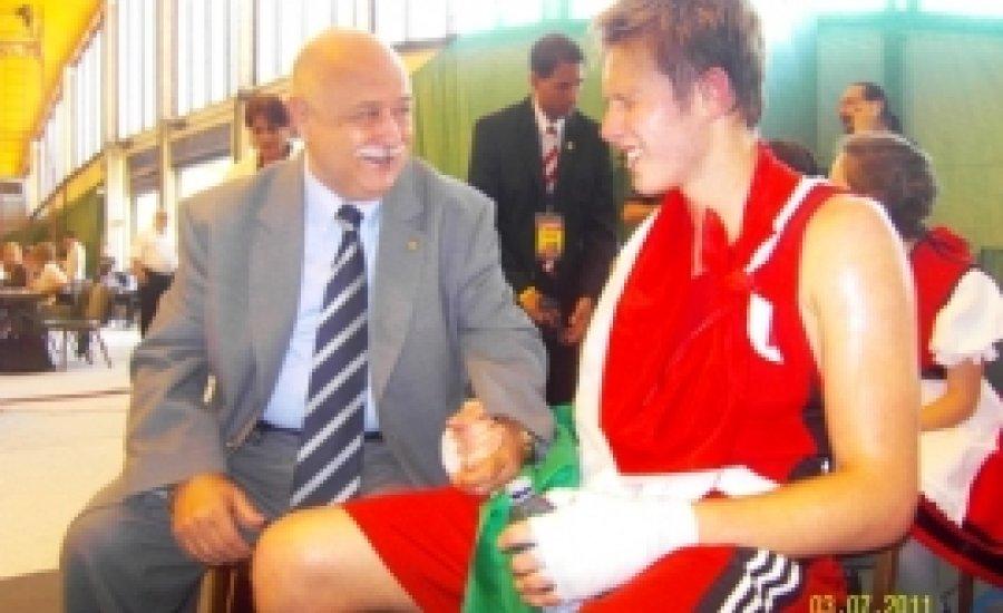 Csúcsra járatott magyar boksz - két arany a junior Eb-n