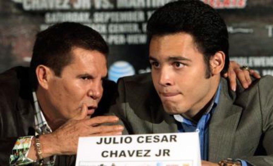 Apja veszi kezelésbe Chavez Jr-t?